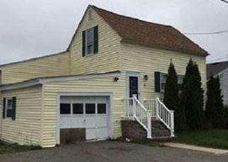Casa en ejecución hipotecaria in Methuen, MA, 01844,  NEWTON AVE ID: 6310076