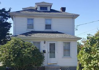 Casa en ejecución hipotecaria in Westerly, RI, 02891,  S JOSEPH ST ID: 6312756