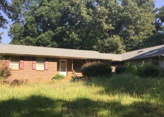 Casa en ejecución hipotecaria in Kennesaw, GA, 30152,  LORING RD NW ID: 6313459