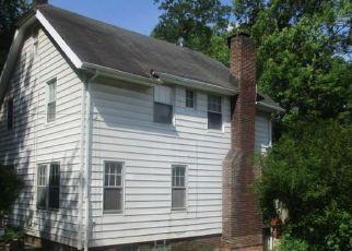 Casa en ejecución hipotecaria in Euclid, OH, 44117,  GENESEE RD ID: S6314070