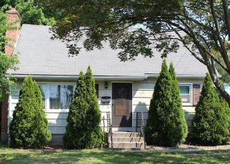 Casa en ejecución hipotecaria in Bristol, CT, 06010,  PINE ST ID: S6314352