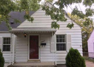 Casa en ejecución hipotecaria in Harper Woods, MI, 48225,  WASHTENAW ST ID: 6316707