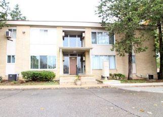 Casa en ejecución hipotecaria in Southfield, MI, 48033,  LAHSER RD ID: S6316851
