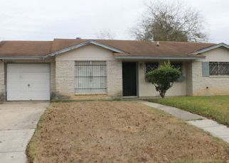 Foreclosure Home in San Antonio, TX, 78220,  LONE OAK AVE ID: 6319539