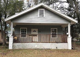 Foreclosed Home en E 12TH ST, Jacksonville, FL - 32206