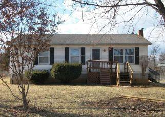 Casa en ejecución hipotecaria in Bunker Hill, WV, 25413,  FEGAN RD ID: 6319982