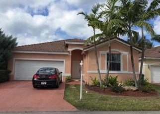 Foreclosed Home en NW 77TH CT, Hialeah, FL - 33015