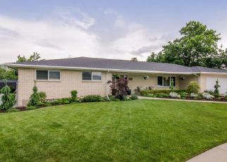 Casa en ejecución hipotecaria in Bountiful, UT, 84010,  DEBORAH CIR ID: 6322461
