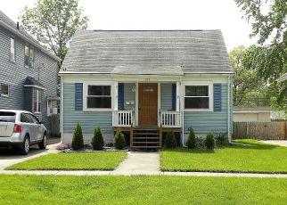 Casa en ejecución hipotecaria in Elyria, OH, 44035,  MARSEILLES AVE ID: 6322565