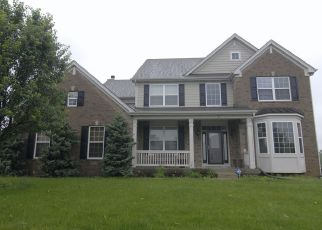 Foreclosed Home in WAGON RD, Elgin, IL - 60124