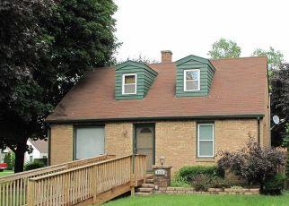 Foreclosed Home in N BERWICK BLVD, Waukegan, IL - 60085