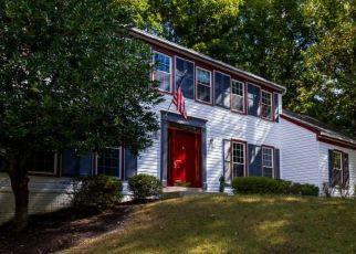 Foreclosed Home en MCINTIRE DR, Woodbridge, VA - 22192
