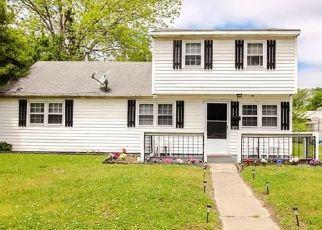Casa en ejecución hipotecaria in Hampton, VA, 23666,  BALDWIN TER ID: S6323826