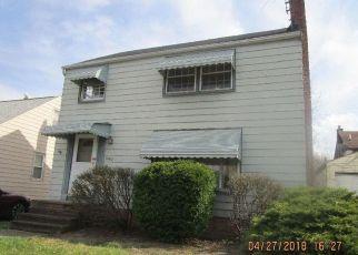 Casa en ejecución hipotecaria in Cleveland, OH, 44129,  LUELDA AVE ID: S6324147