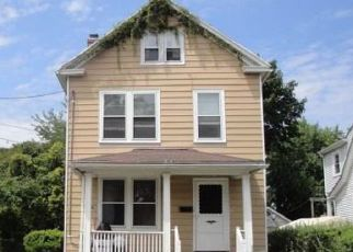 Casa en ejecución hipotecaria in Stratford, CT, 06615,  CHELSEA ST ID: S6324422