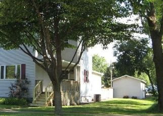Foreclosed Home in W SPRUCE ST, Paxton, IL - 60957