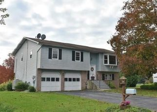 Foreclosed Home en YORKSHIRE DR, Bethlehem, PA - 18017