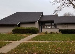 Foreclosed Home in JEFFERY DR, Mahomet, IL - 61853