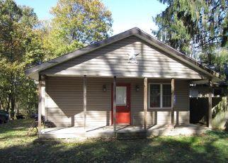 Casa en ejecución hipotecaria in Saylorsburg, PA, 18353,  GIRARD AVE ID: S6326890