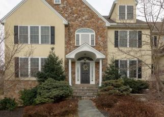 Foreclosed Home en WYCOMBE RD, Glenmoore, PA - 19343