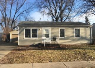 Casa en ejecución hipotecaria in Streamwood, IL, 60107,  E STREAMWOOD BLVD ID: S6327770