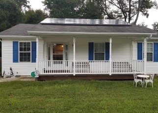 Foreclosed Home en GUNSMOKE TRL, Lusby, MD - 20657