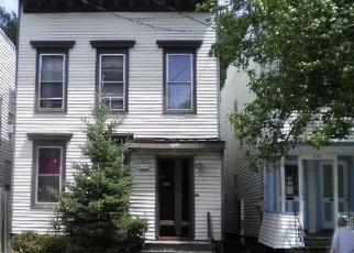 Casa en ejecución hipotecaria in Albany, NY, 12206,  3RD ST ID: S6327908