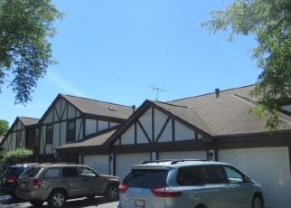 Foreclosed Home en GREYSTONE CT, Schaumburg, IL - 60193