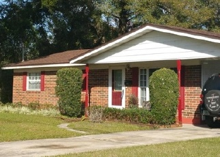 Foreclosed Home en CHADRON DR, Jacksonville, FL - 32218