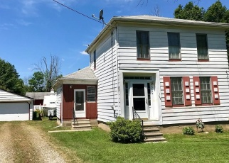Foreclosed Home en CROSS ST, Twinsburg, OH - 44087
