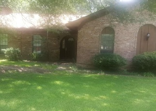Foreclosed Home in W PINEWOOD DR, Pine Bluff, AR - 71603
