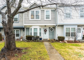 Foreclosed Home en CLIFF SWALLOW WAY, Rockville, MD - 20853