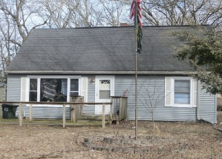 Foreclosed Home en ORIOLE AVE, Tinley Park, IL - 60477