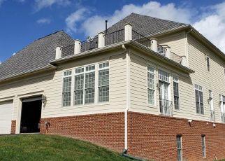 Foreclosed Home en RASPBERRY DR, Leesburg, VA - 20176