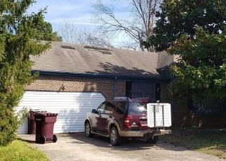 Foreclosed Home en ROCK CREEK DR, Chesapeake, VA - 23325