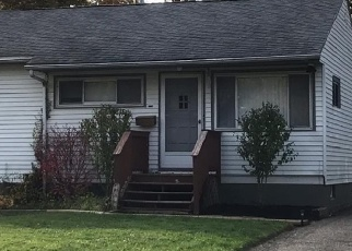 Foreclosed Home en BROOKSDALE RD, Mentor, OH - 44060