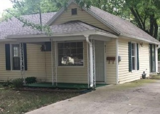 Foreclosed Home en N PARK AVE, Springfield, MO - 65802