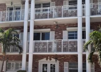 Foreclosed Home en HILLSBORO MILE, Pompano Beach, FL - 33062