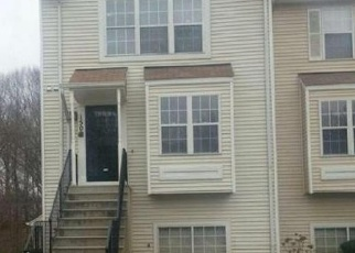 Foreclosed Home en FIRETHORN CT, Upper Marlboro, MD - 20774