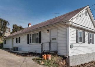 Foreclosed Home en LOUISIANA AVE, Halethorpe, MD - 21227