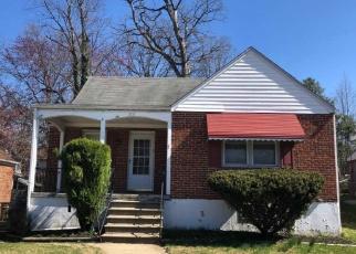 Foreclosed Home en PARK DR, Parkville, MD - 21234