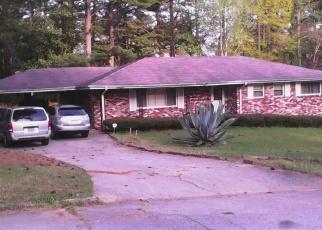 Foreclosed Home en JUNE DR, Decatur, GA - 30035