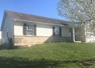 Foreclosed Home en BEDFORD POINTE DR, Wentzville, MO - 63385
