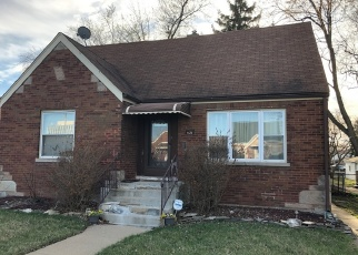 Foreclosed Home en S MAPLEWOOD AVE, Evergreen Park, IL - 60805