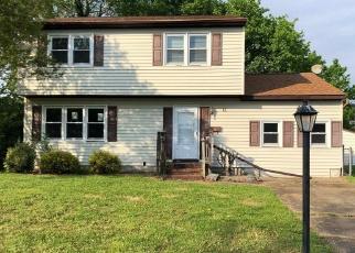 Foreclosed Home en PAVILION PL, Hampton, VA - 23664