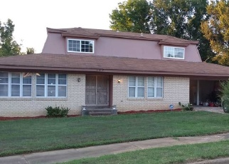 Foreclosed Home in ELMER AVE, Memphis, TN - 38109