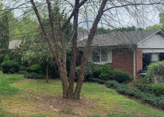 Foreclosed Home en ROSEMARY WAY, Street, MD - 21154