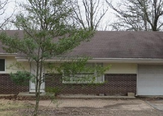 Foreclosed Home en MANN CT, Rolla, MO - 65401