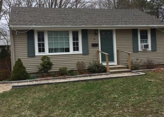 Foreclosed Home in SAINT ANTHONY LN, East Falmouth, MA - 02536