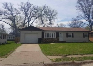Foreclosed Home in 27TH AVE, Rock Island, IL - 61201